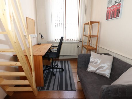 student room 14 m² in Liege Saint-Laurent / Sainte-Marguerite